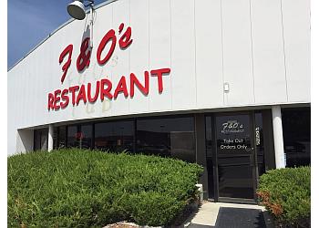 Des Moines pizza place Felix & Oscar's