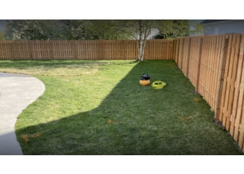 Lincoln fencing contractor Fence Pro's, LLC