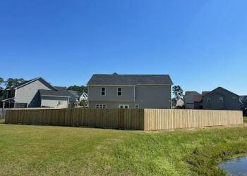 Fayetteville fencing contractor Fenceline Plus
