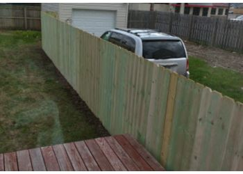 Buffalo fencing contractor Fences Unlimited