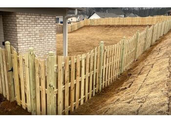 Birmingham fencing contractor Fencing Unlimited