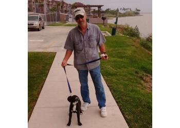 Corpus Christi dog walker FidoSit Pet Sitter