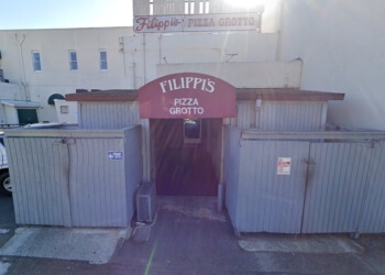 Escondido pizza place Filippi's Pizza Grotto