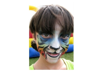 Providence face painting Fine Face Panting and entertainment