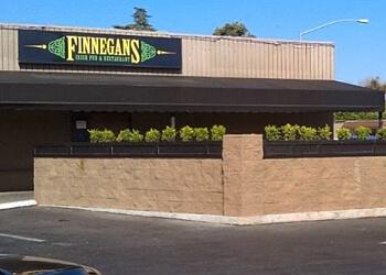 Stockton sports bar Finnegan's Irish Pub & Restaurant