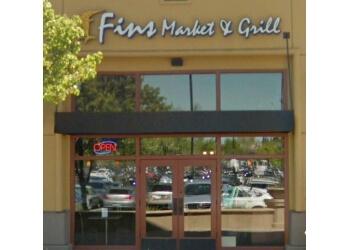 Roseville seafood restaurant Fins Market & Grill