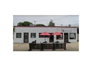 New Haven barbecue restaurant Fire & Slice Smokehouse & Pizzeria