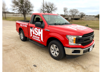 Arlington window cleaner Fish Window Cleaning