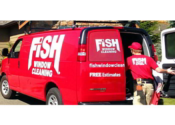 Indianapolis window cleaner Fish Window Cleaning