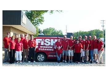 Lexington window cleaner Fish Window Cleaning