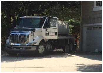 Palmdale septic tank service Five Star Contractors