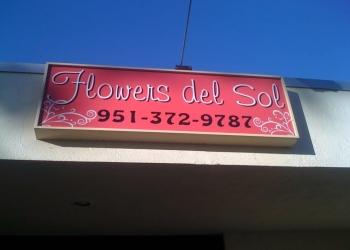 Corona florist Flowers Del Sol