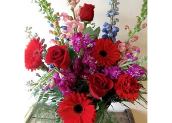 Sterling Heights florist Flowers at Daisies Wedding Designs