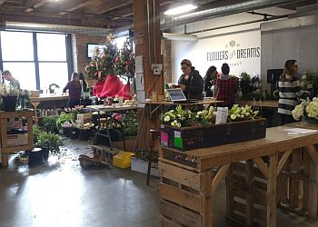 Chicago florist Flowers for Dreams