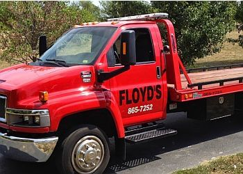 Springfield towing company Floyd's Towing & Wrecker Service