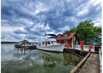 Alexandria public park Founders Park