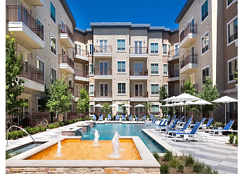 Irving apartments for rent Fountain Pointe Las Colinas
