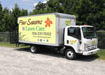 Columbus landscaping company Four Seasons Lawn Care
