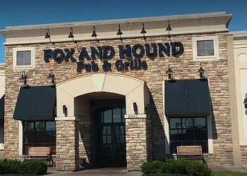 Dayton sports bar Fox & Hound