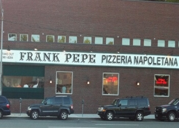 Yonkers pizza place Frank Pepe Pizzeria