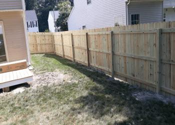 Newport News fencing contractor Franks Fences LLC
