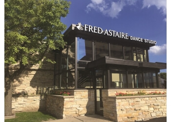Milwaukee dance school Fred Astaire Dance Studio