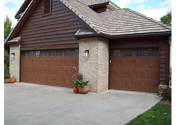 3 Best Garage Door Repair In Topeka Ks Threebestrated