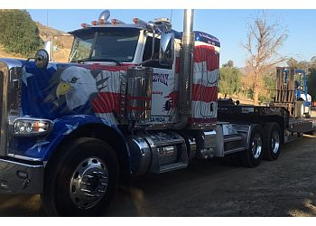 Santa Clarita towing company FREEWAY TOWING