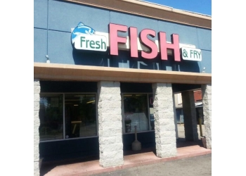 Lansing seafood restaurant Fresh Fish and Fry
