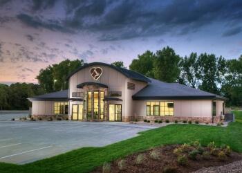 Cedar Rapids veterinary clinic Frey Pet Hospital