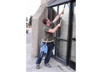 Anchorage window cleaner Froening Services