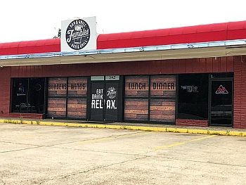 Shreveport sports bar Fumbles Bar & Grill