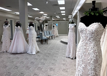 Cleveland bridal shop Galleria Gowns