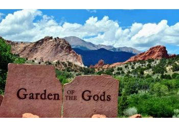 Colorado Springs hiking trail Garden of the Gods