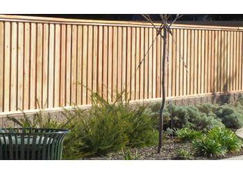 Elk Grove fencing contractor Gateway Fence Co.