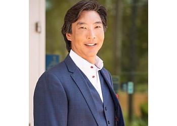 San Diego plastic surgeon Gilbert Lee, MD