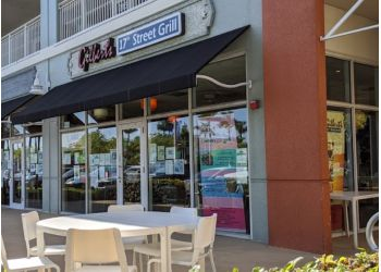 Fort Lauderdale american restaurant Gilbert's 17th Street Grill
