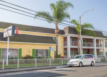 Long Beach assisted living facility Glen Park Healthy Living