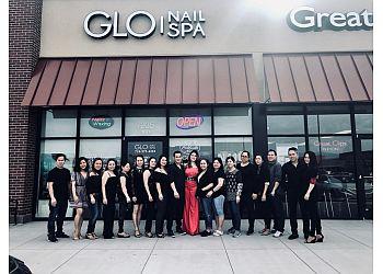 Colorado Springs nail salon Glo Nail Spa