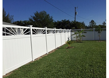Cape Coral fencing contractor Global Fence, Inc.