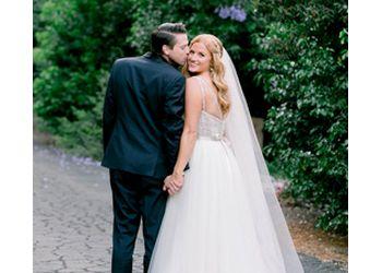 Simi Valley wedding photographer Gloria Mesa Photography
