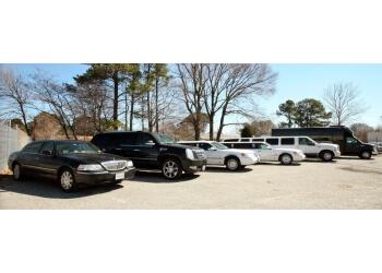 Norfolk limo service GoldStarr Limousine