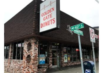 Oakland donut shop Golden Gate Donuts
