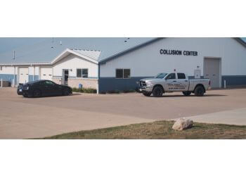 Cedar Rapids auto body shop Golden Hammer Collision Center