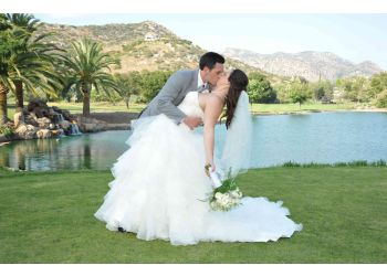San Diego videographer Golden Wedding Videos