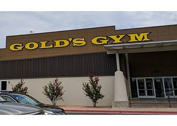 Austin gym Gold's Gym