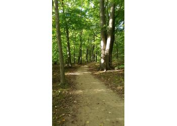 Akron hiking trail Goodyear Heights Metro Park