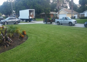 St Petersburg lawn care service Gordon's Lawn Care