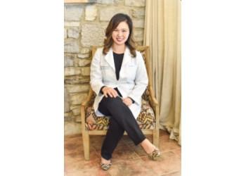Clarksville cosmetic dentist Grace J. Lee, DMD - GRACE DENTAL