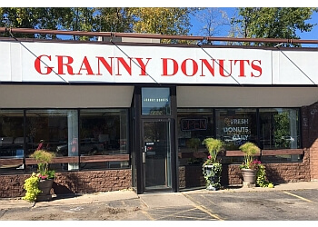 St Paul donut shop Granny Donuts